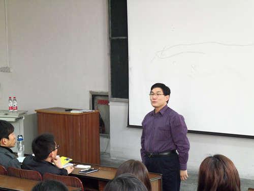 山东工商学院成功举办创业计划书撰写培训--K