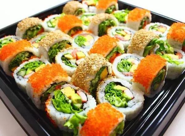 日本寿司又出新鲜花样:真是涨了见识!