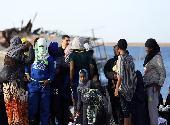 (国际)(2)近300名非法移民在利比亚西部海域获救