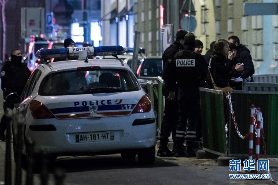 (国际)(5)法国巴黎丽兹酒店发生珠宝抢劫案