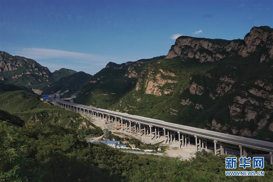 (社会)(1)北京兴延高速公路主体工程完工