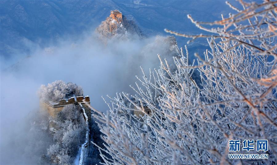 #(环境)(1)北京:长城雪景如画