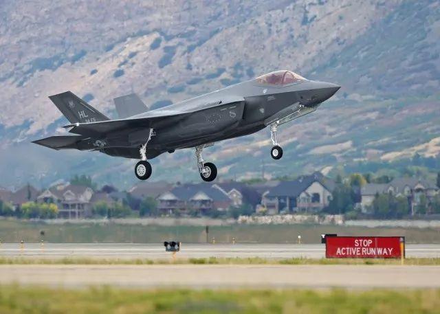 F-35A首次部署亚太 打造