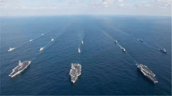 三艘航母齐聚亚太,美军意欲何为?