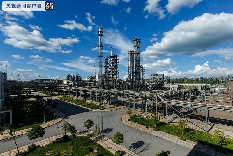 云南成为全球最大的绿色单晶硅光伏材料生产基地 年产量超12万吨