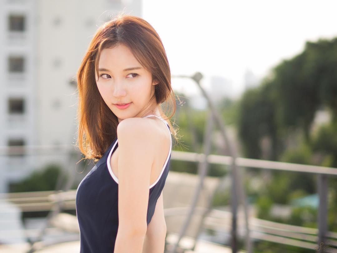 泰国留日女生气质清新 治愈笑容被赞泰版新垣结衣