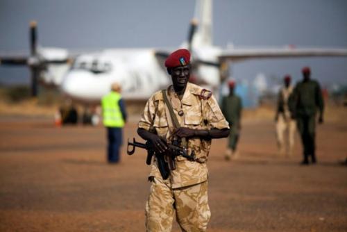 南苏丹小型飞机坠机无人死亡 一中国乘客已脱险