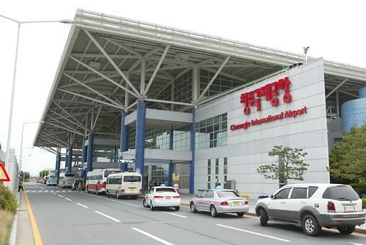 韩国要哭!7月韩中航线客运量同比锐减45%