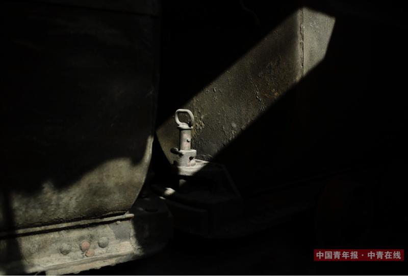 12月2日,山东能源淄矿集团新升实业公司的前身埠村煤矿二号井关闭的地面井口。中国青年报·中青在线记者 赵青摄