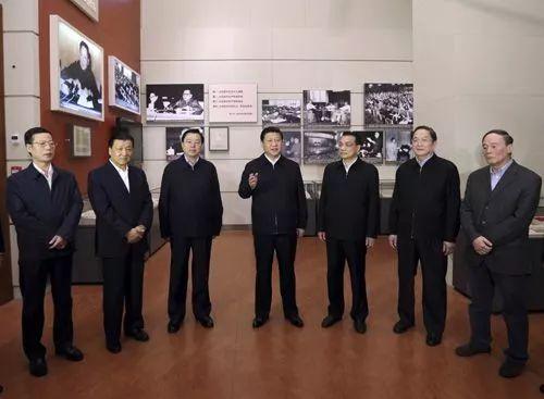 习近平告诉你《共产党宣言》的味道
