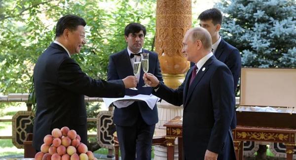 这个6月不寻常!习近平四赴海外,写就中国外交新华章_聚餐死亡同事判赔