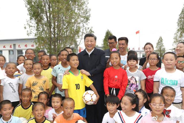 习近平:有了广泛群众基础,足球水平一定能提高