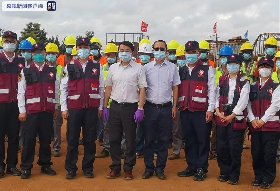 中国政府抗疫医疗专家组在南苏丹指导中企科学防疫