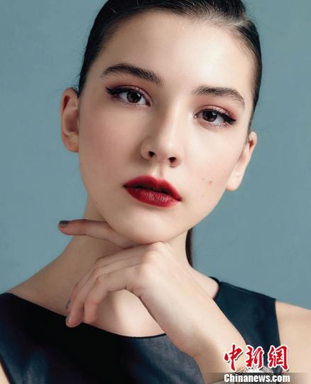 俄罗斯14岁女模特在上海死亡 警方:排除他杀可能