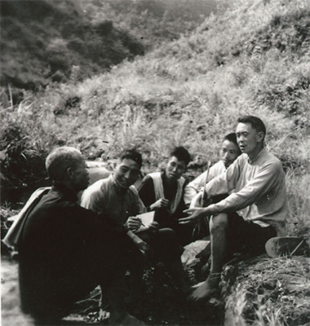 甘祖昌_英雄丨甘祖昌:将军农民 带领全家建家乡