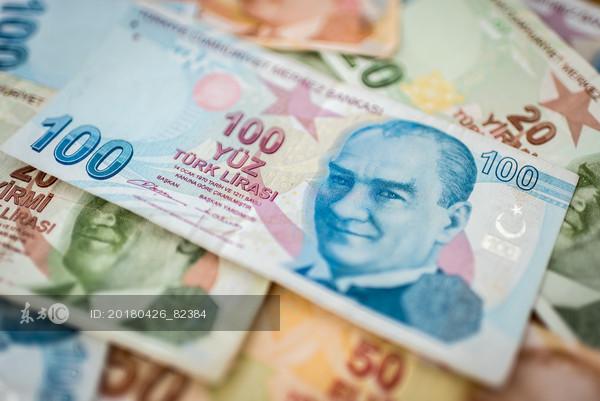 5月份以来,里拉兑换美元的累计跌幅高达9.9%,图片来源:东方IC