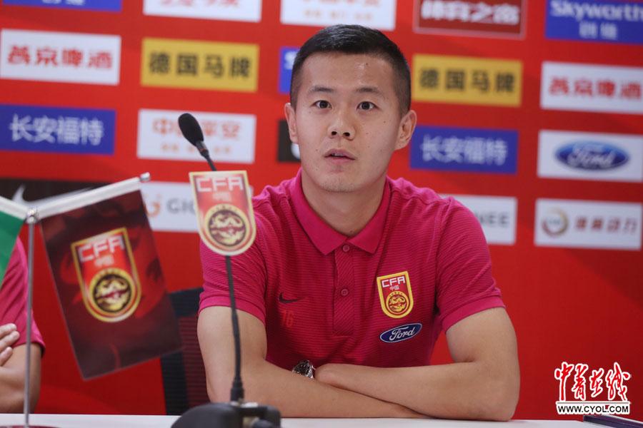 中国足球队备战与菲律宾队热身赛