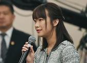 3月16日,十三届全国人大一次会议记者会上,中国青年报·中青在线记者叶雨婷向教育部部长陈宝生提问。中国青年报·中青在线记者 王婷舒/摄