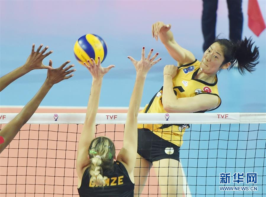 (体育)(4)排球——土耳其女排联赛:瓦基弗银行晋级决赛