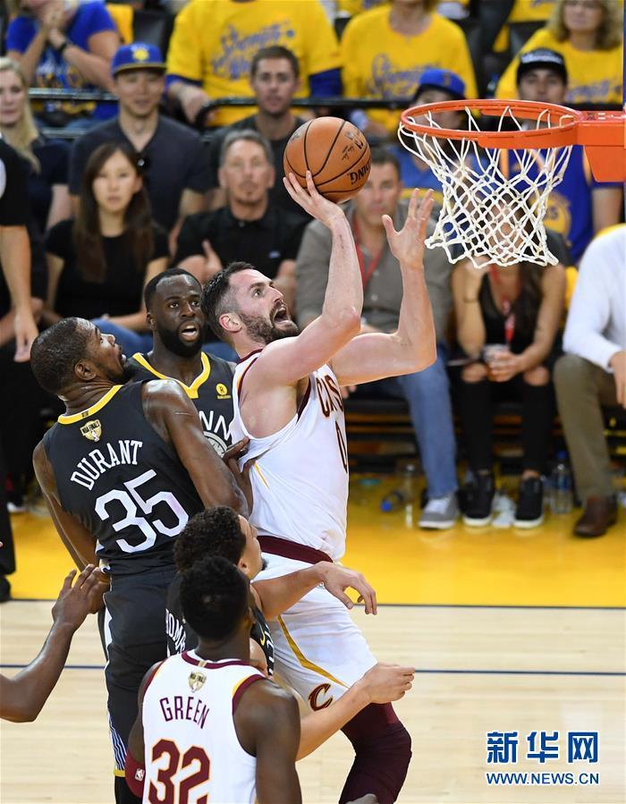 (体育)(8)篮球——NBA总决赛第二场:勇士胜骑士