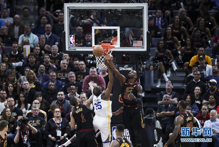 (体育)(9)篮球——NBA总决赛第三场:勇士胜骑士
