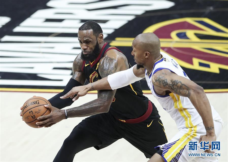 (体育)(13)篮球——NBA总决赛第三场:勇士胜骑士