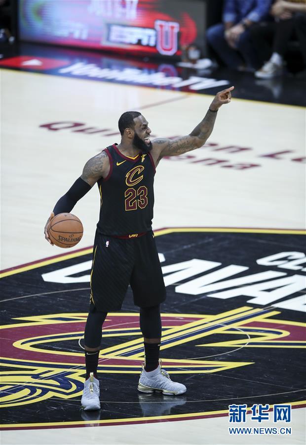 (体育)(15)篮球——NBA总决赛第三场:勇士胜骑士