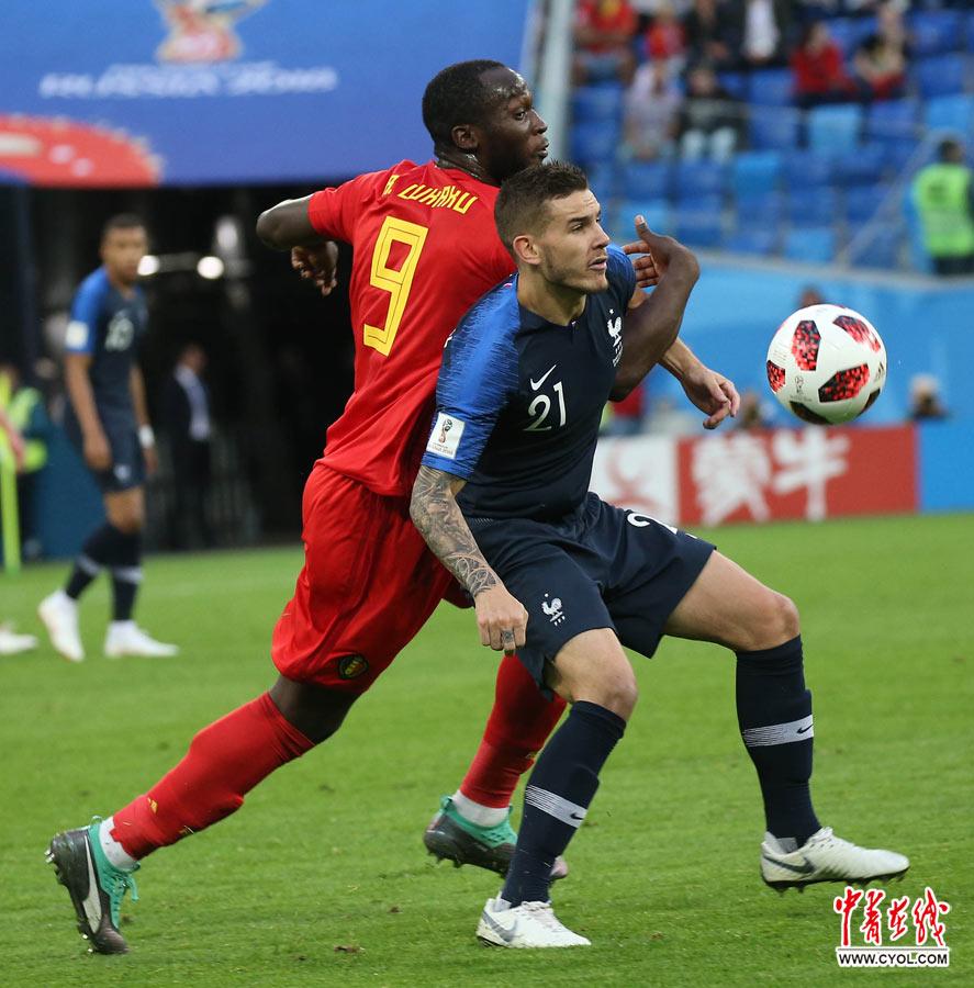 法国队1:0淘汰比利时 时隔12年再进世界杯决赛
