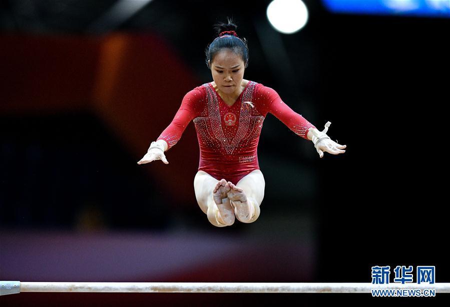 (体育)(9)体操——世锦赛:中国队获女子团体预赛第三名
