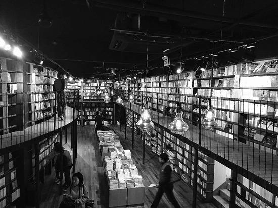 打卡一公里书店生活圈,三里屯的另一种玩法