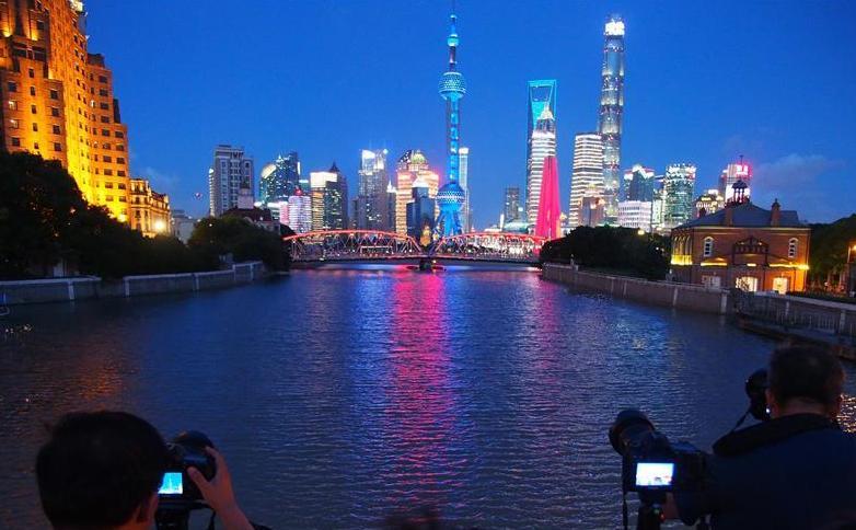 (环境)(2)上海:蓝天白云水晶天