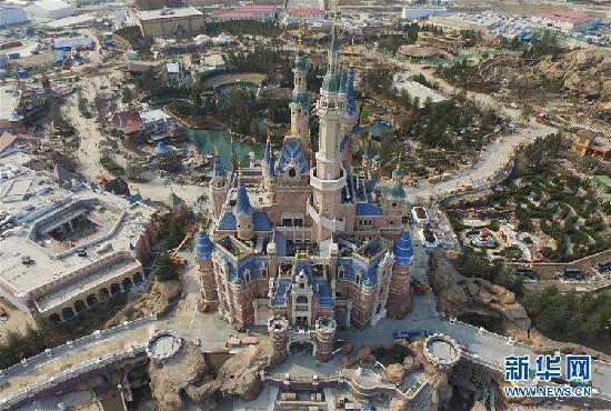 这是3月27日航拍的上海迪士尼乐园.新华社发